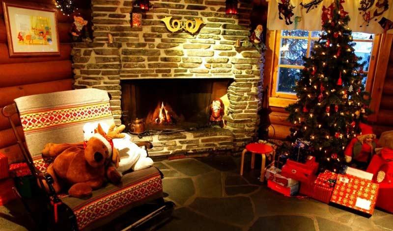 christmas living room. Christmas living room decorating ideas 6  Quiet Corner