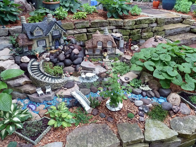 Big Garden Ideas - Ornament