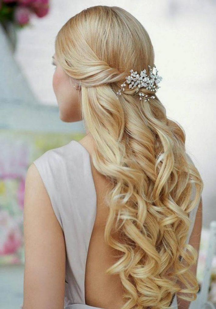 Prom-Night-hairstyles-to-make-you-pretty-5