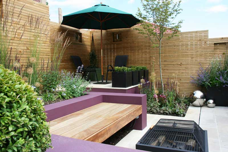 Small garden design ideas quiet corner for Small space backyard ideas