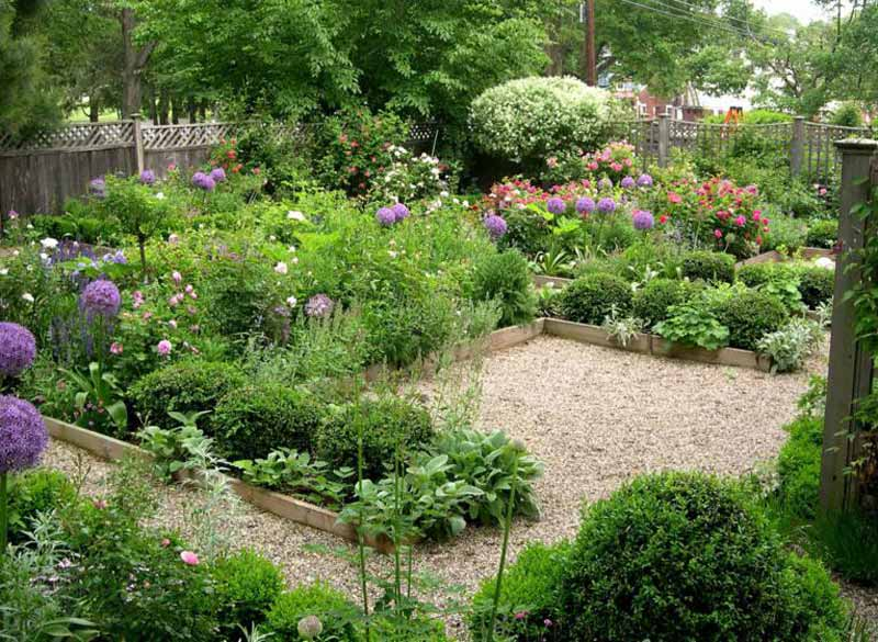 Small Garden Design Ideas 12