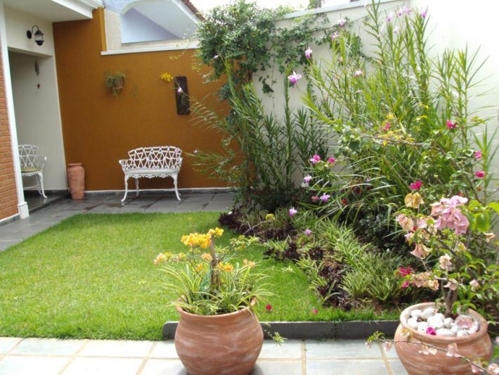 Small-Space-Garden-Ideas-10