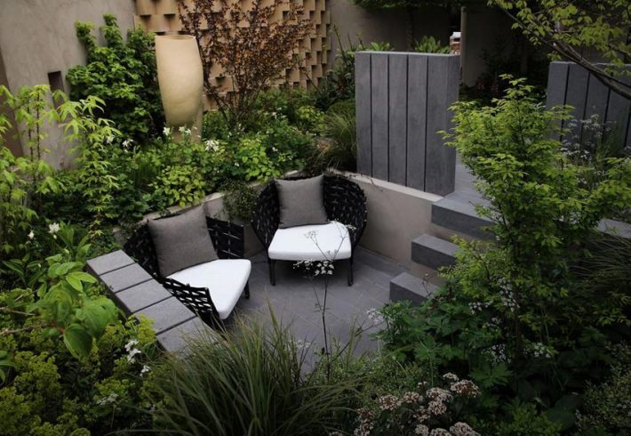 Small-Space-Garden-Ideas-8