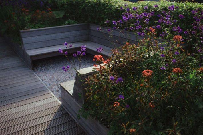 Small-Space-Garden-Ideas-9