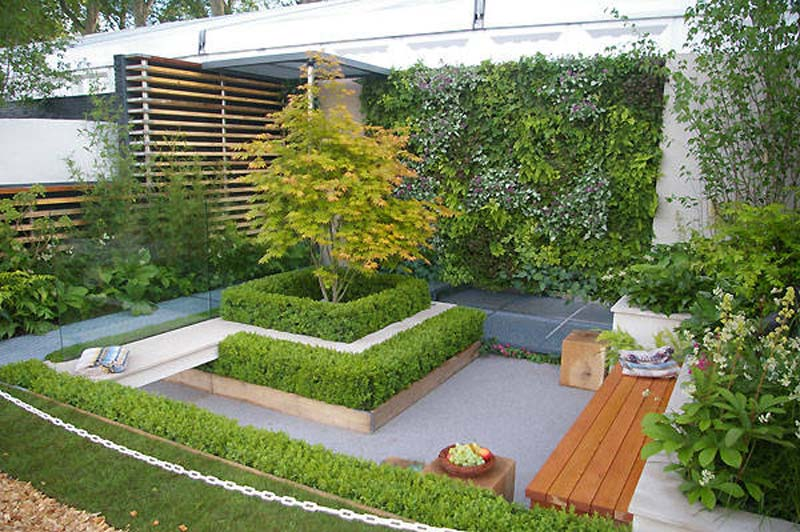 Small urban garden design ideas quiet corner for Corner house garden designs