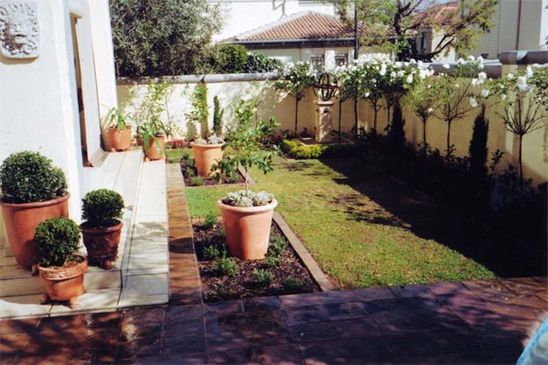 Home Design Ideas Decorating Gardening: Quiet Corner:Small Urban Garden Design Ideas