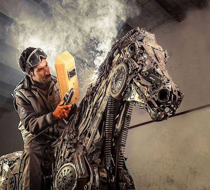 Steampunk-Animal-Sculptures-Made-Of-Scrap-Metal-By-Hasan-Novrozi--4