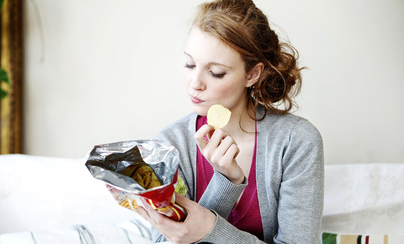 Snacking - Good Snack and a Bad Snack