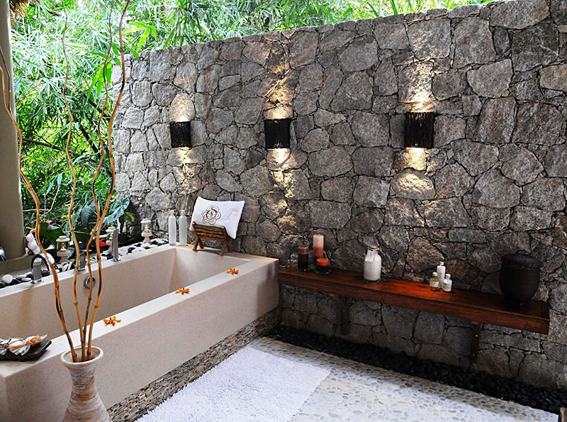 Beautiful outdoor bathroom designs quiet corner for Garden bathroom ideas
