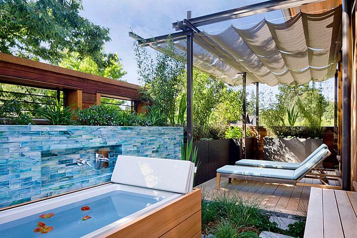 Beautiful outdoor bathroom designs quiet corner for Outdoor pool bathroom ideas