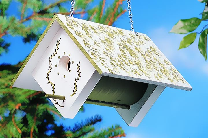 Coffee Can DIY Birdhouse
