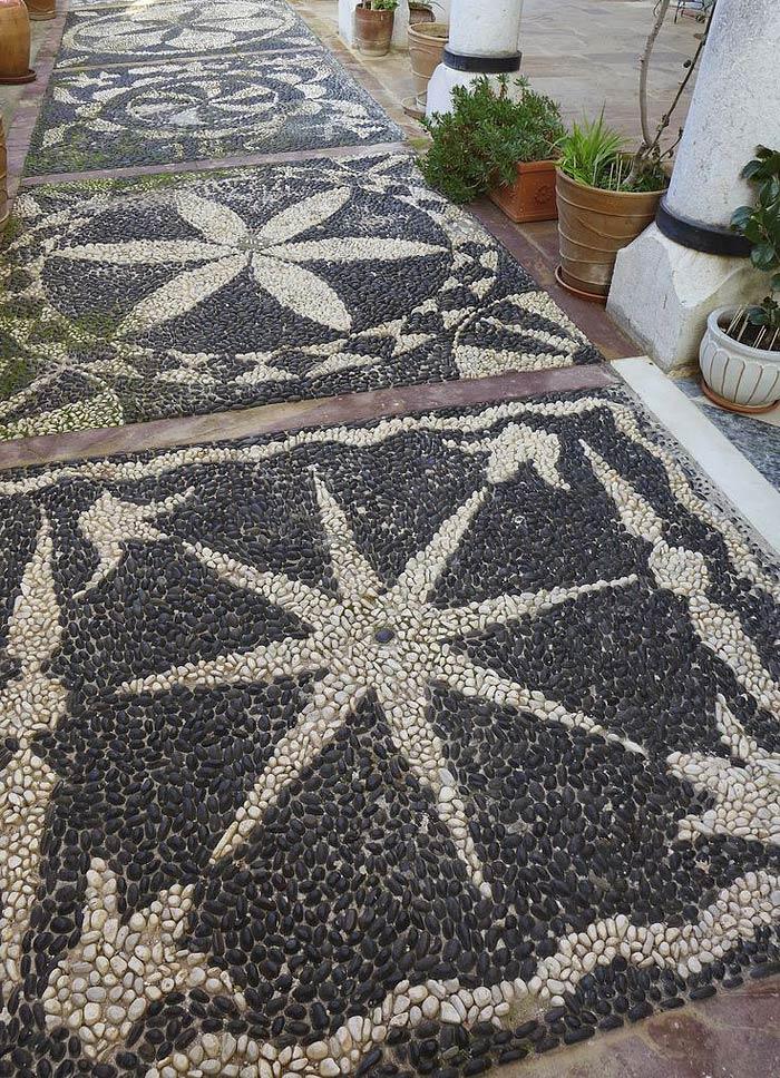 Garden Pathway Pebble Mosaic Ideas