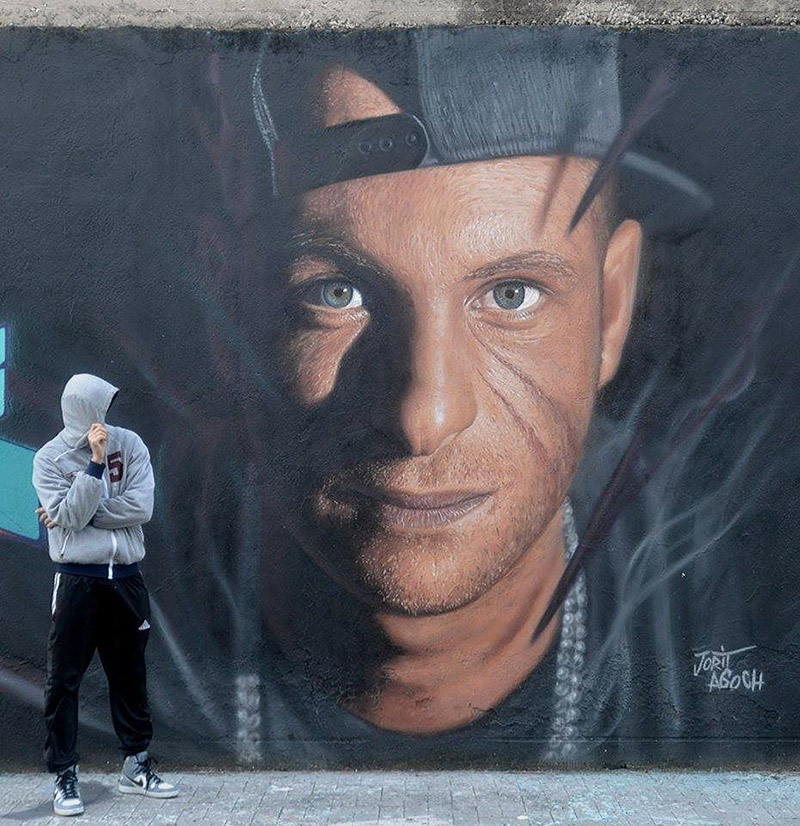 Hyperrealistic Street Art Portraits by Jorit AGOch (7)