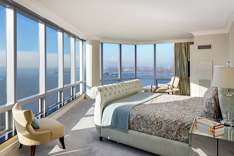 Master Bedrooms with Amazing View (1)