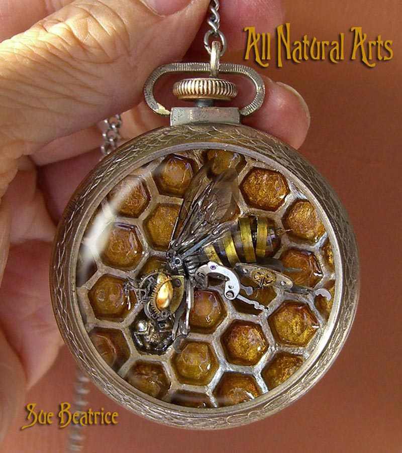Old Watch Parts Recycled Into Steampunk Sculptures (13)