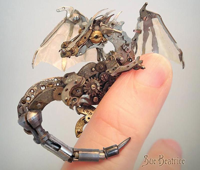 Old Watch Parts Recycled Into Steampunk Sculptures (4)