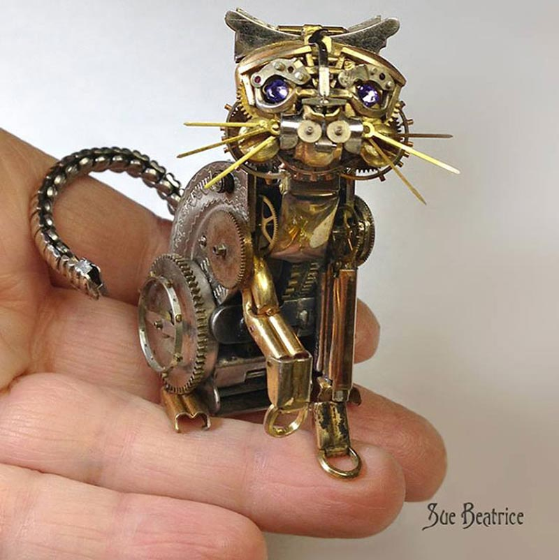 Old Watch Parts Recycled Into Steampunk Sculptures (7)
