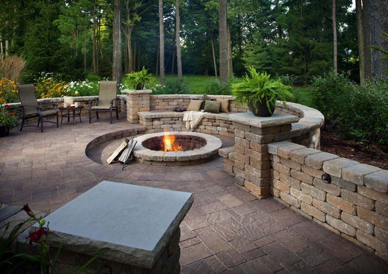 Quiet Corner:Outdoor Fire Pit Seating Ideas