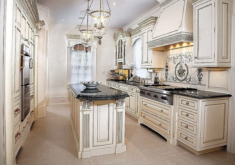 Kitchen ideas antique white kitchen cabinets quiet corner for Antique white kitchen cabinets
