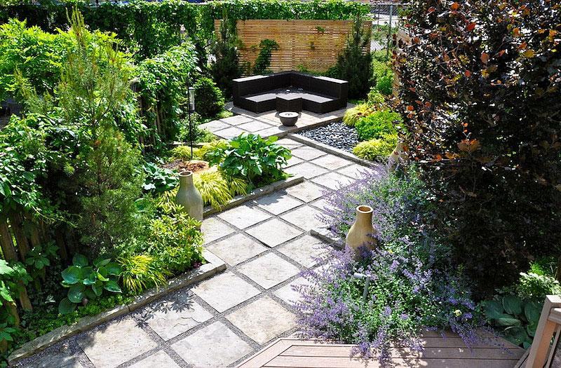 Creating Charming Hideaway - Small Backyard Ideas