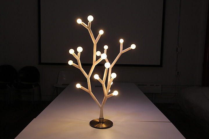 Splyt Light: Nature-Inspired Lighting System