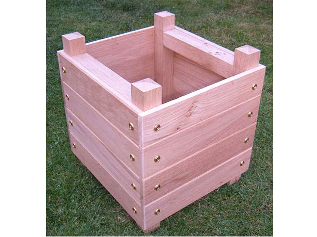 DIY - Simple Chunky Wooden Planter