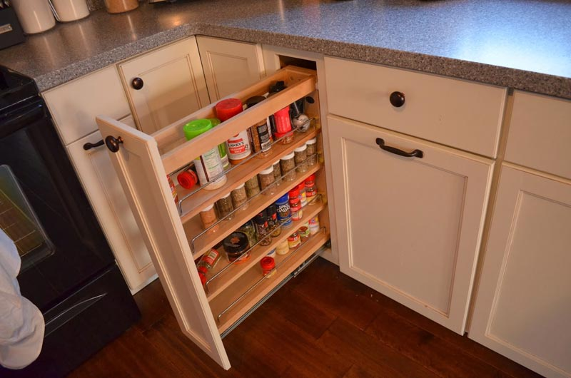 efficient kitchen storage ideas - quiet corner