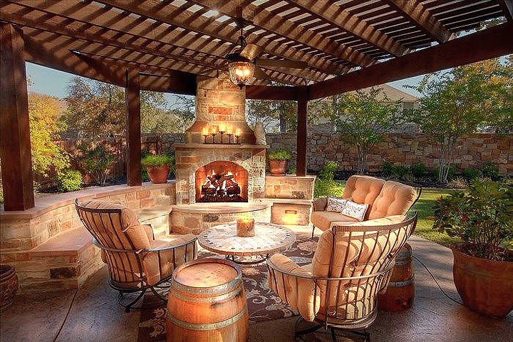 Fabulous Luxury Outdoor Living Rooms