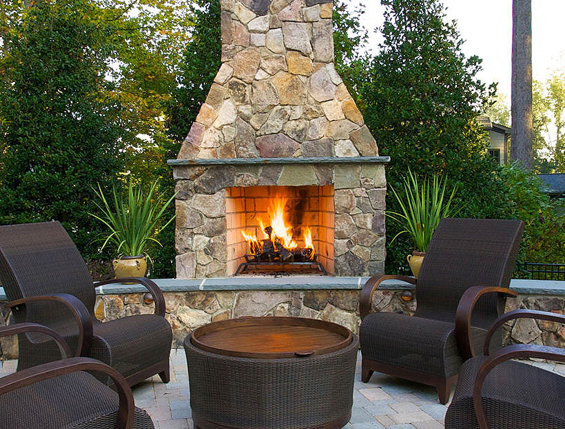 Quiet Corner:Inspiring Outdoor Fireplace Ideas - Quiet Corner on Small Outdoor Fireplace Ideas id=77022