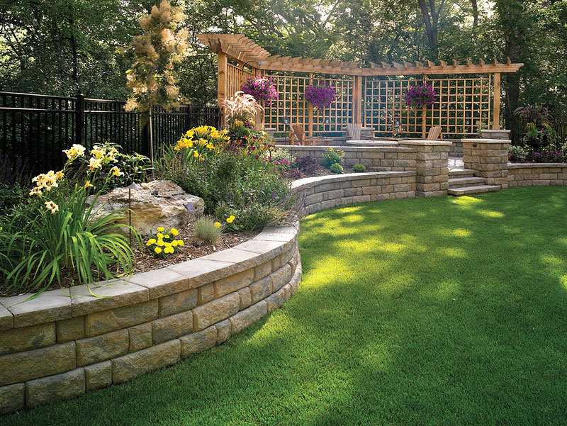 Inspiring retaining walls ideas quiet corner Garden wall color ideas