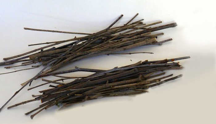 Rustic Twig Frame - DIY Tutorial