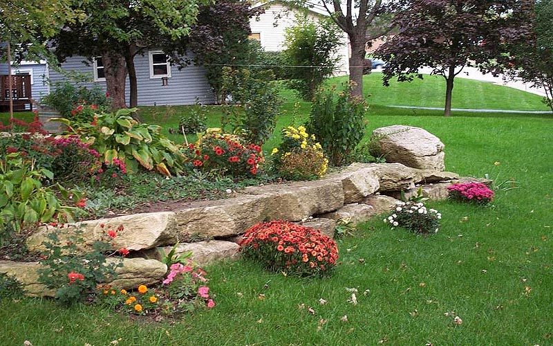 Stunning rock garden design ideas quiet corner for Stone landscaping ideas