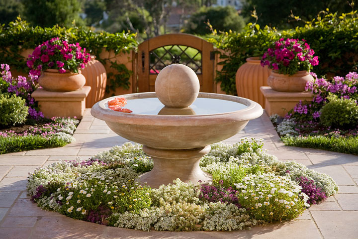 Garden Landscaping:Get Beautiful Look with Utility