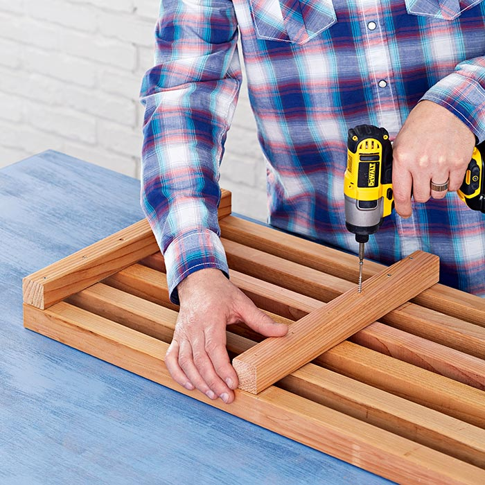 DIY Box Crib-Style Outdoor Bench and Planter