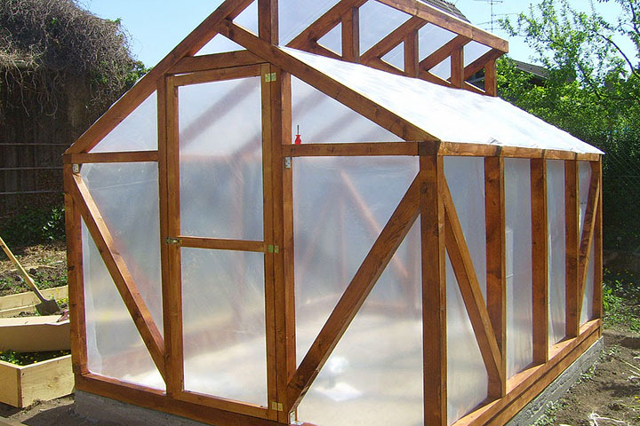 Diy wood greenhouse quiet corner - How to build a wooden greenhouse ...