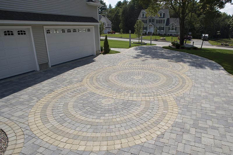 Ideas and tips for driveway design quiet corner Home driveway design ideas