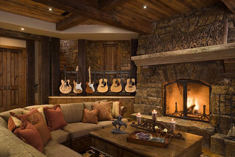 Fabulous Ontario Residence With Rustic Interior Design - Quiet Corner