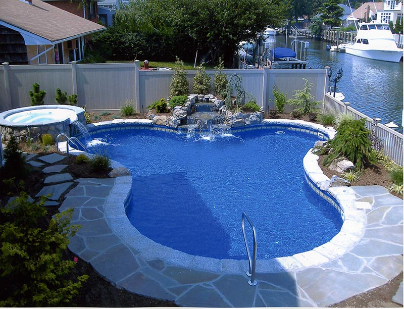 Backyard pool designs for contemporary residences quiet for Pool design 2016