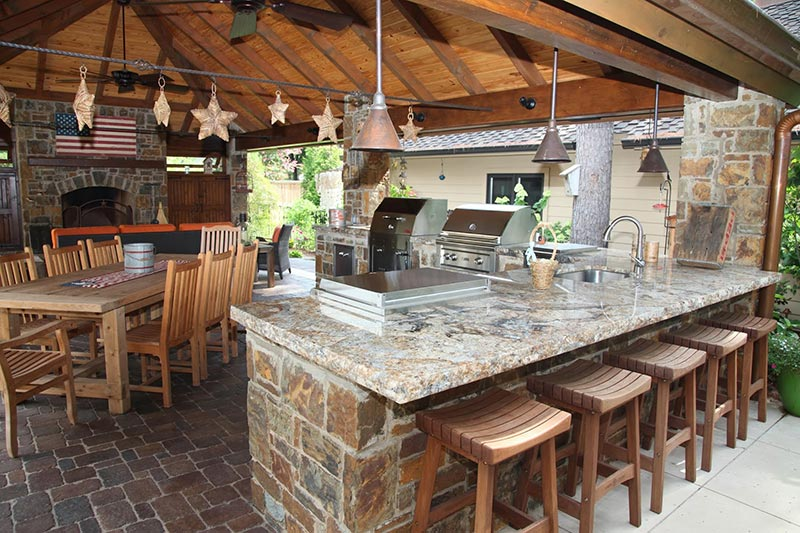 Outdoor Kitchens Design Ideas and Tips
