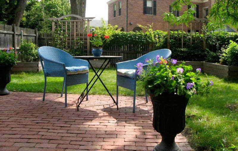 small backyard ideas enlarging your limited space - Backyard Space Ideas