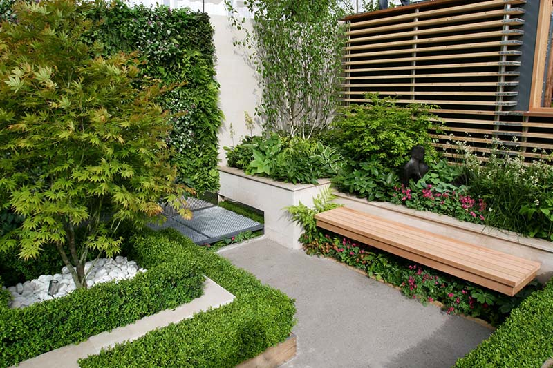 Small Backyard Relaxing Design