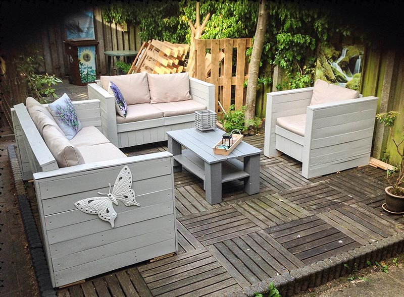 Quiet Corner Wonderful Wood Pallet Outdoor Furniture Ideas