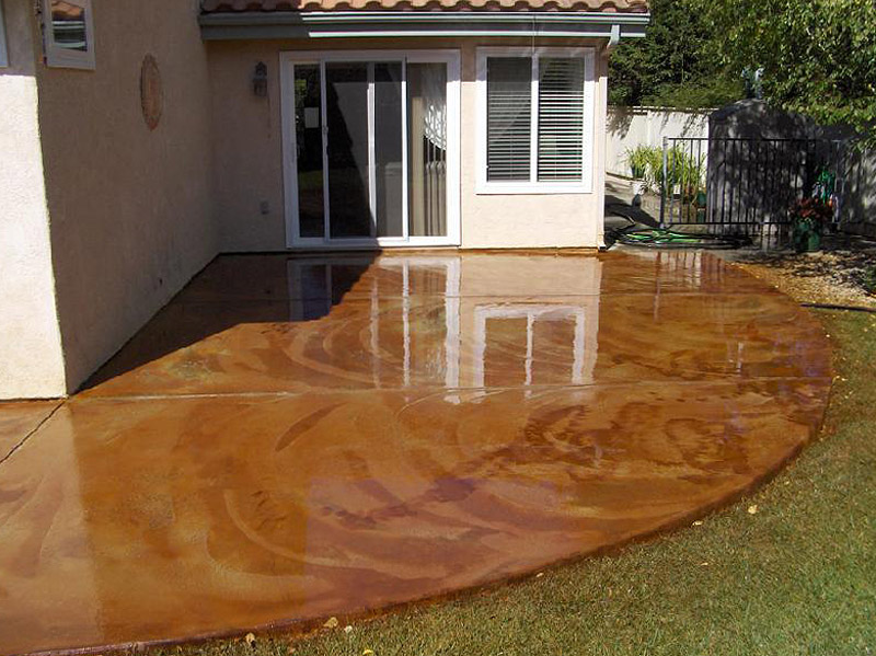 DIY  Staining Concrete Slabs