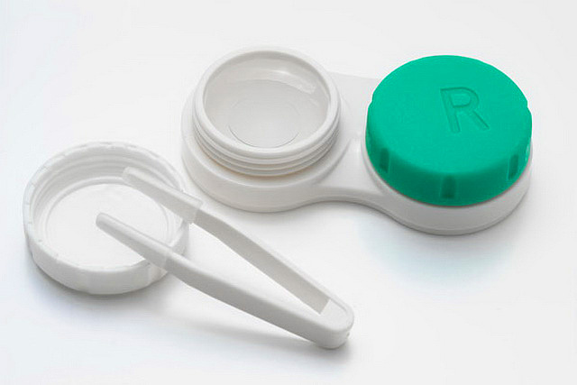 3 Common Mistakes Contact Lenses Wearers Make