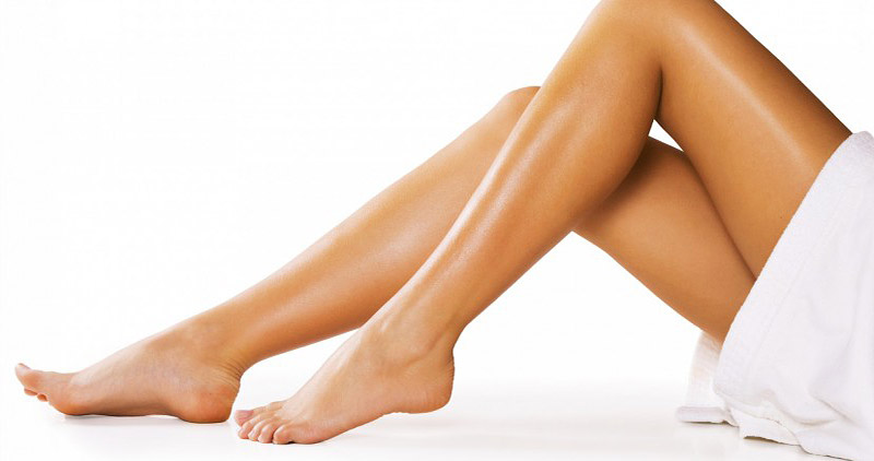 How to Apply Self-Tanner Like a Pro