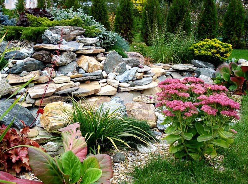 build a rock garden quiet corner. Black Bedroom Furniture Sets. Home Design Ideas