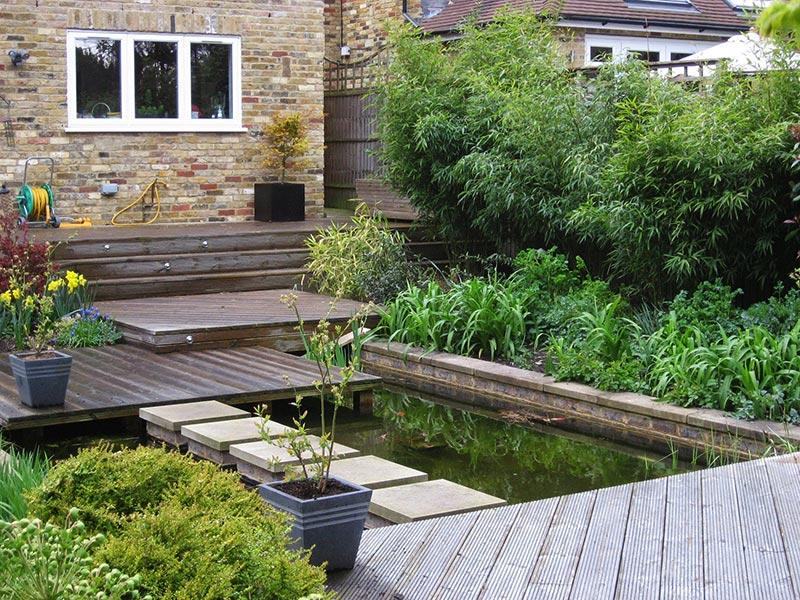 Sloping Garden Design Ideas - Quiet Corner on Garden Ideas For Sloping Gardens id=66336