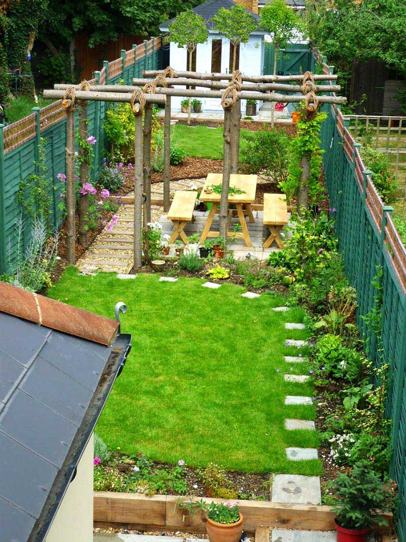 Sloping garden design ideas quiet corner for Small backyard plans
