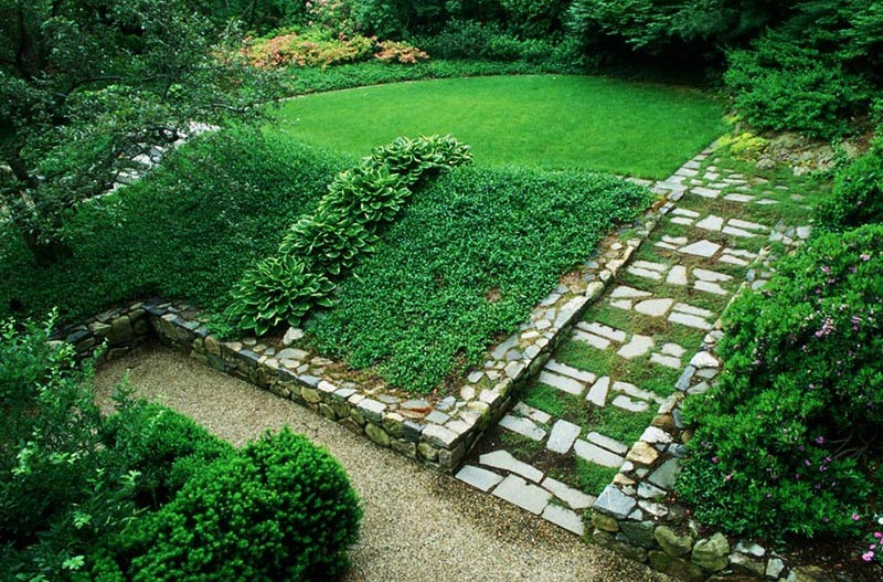 Sloping Garden Design Ideas - Quiet Corner on Sloping Garden Ideas id=71256