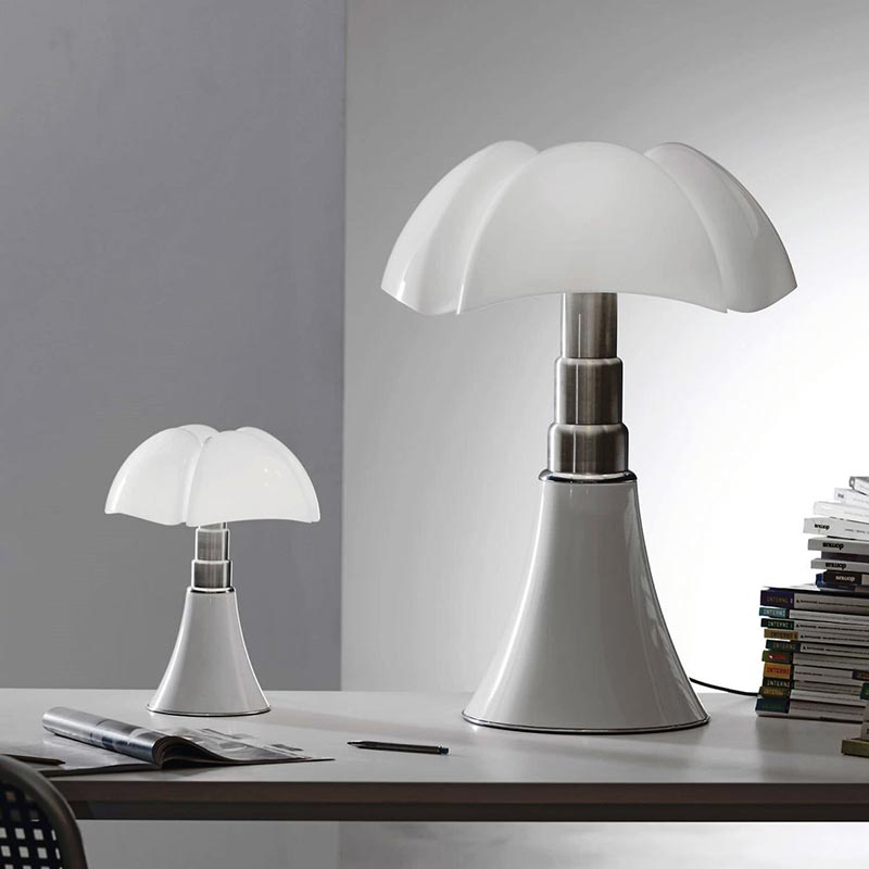 stylish modern table lamps for home decoration quiet corner. Black Bedroom Furniture Sets. Home Design Ideas